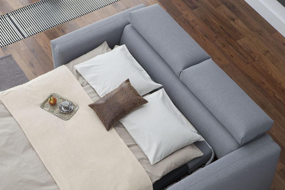 Palermo - sofa z funkcją spania - kolekcja nowoczesnych tapicerowanych mebli modułowych z funkcją spania i ruchomymi zagłówkami.